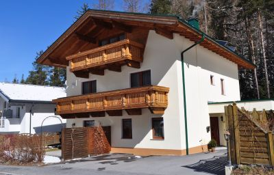 Exterior view Appartement Philipp Pension Längenfeld (Tyrol)