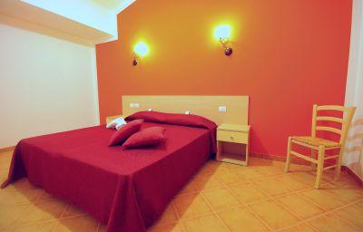 Delfino_Beach-Marsala-Double_room_standard-1-452997.jpg