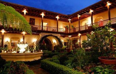 PALACIO_DE_DONA_LEONOR-Antigua-Aussenansicht-1-453277.jpg