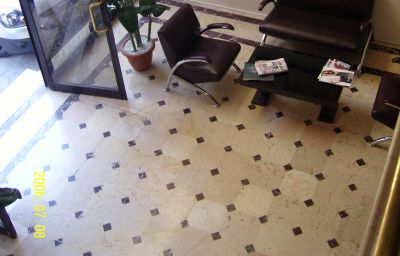IZMIR-Izmir-Hotelhalle-5-453997.jpg