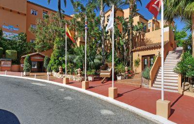Grangefield_Oasis_Apartamentos-Mijas-Hotel_outdoor_area-3-454388.jpg