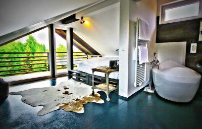 hotel12-Treffen_am_Ossiacher_See-Suite-1-454984.jpg