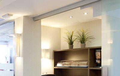 SM_Sant_Antoni-Barcelona-Breakfast_room-5-455689.jpg