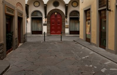 NH_Collection_Firenze_Porta_Rossa-Florence-Exterior_view-6-456597.jpg
