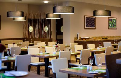 Hilton_Garden_Inn_Krakow-Krakow-Restaurant-4-456615.jpg