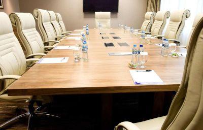 Hilton_Garden_Inn_Krakow-Krakow-Conference_room-2-456615.jpg