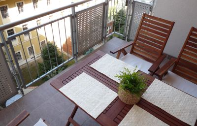 Room with balcony Trendy Apartments
