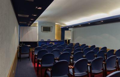Salle de séminaires Rings Рингс