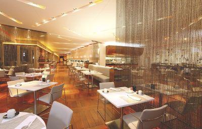 RADISSON_BLU_GAUTRAIN_SANDTON-Johannesburg-Restaurant-1-458700.jpg