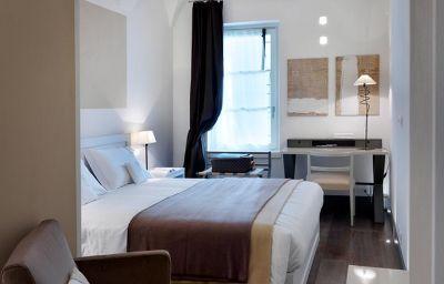 GombitHotel-Bergamo-Room-2-460603.jpg