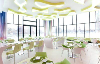 nhow_Berlin-Berlin-Restaurant_Frhstcksraum-1-460922.jpg