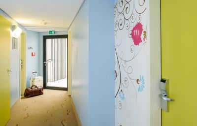 Vista all'interno ibis Styles Hotel Berlin Mitte Berlin
