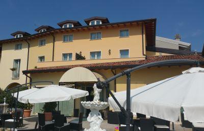 Vue extérieure Borgo Dei Poeti Wellness Resort