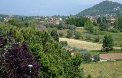 Environnement Borgo Dei Poeti Wellness Resort