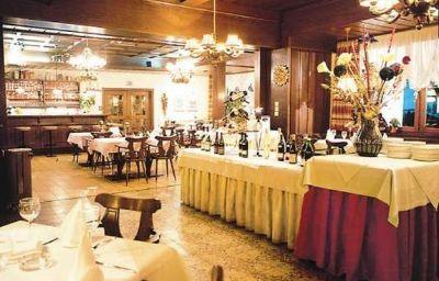 Tirolerhof_Sporthotel-Itter-Restaurant-463450.jpg