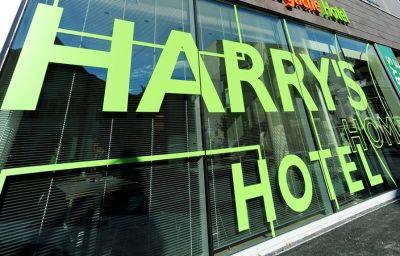 Vista esterna Harry's Home