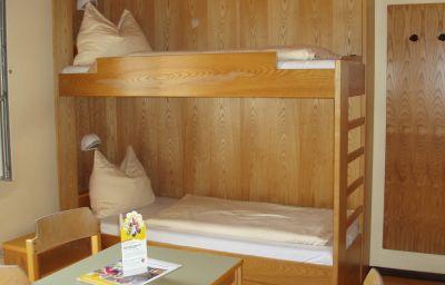JUFA_St_Martin-Sankt_Martin_am_Tennengebirge-Room-4-465022.jpg