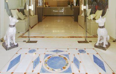 Vestíbulo del hotel Michelangelo