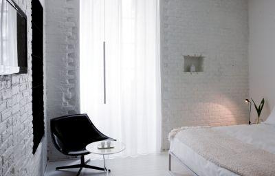 Palazzo_Segreti-Milan-Double_room_standard-2-468132.jpg