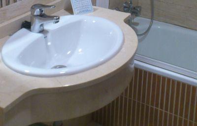 Bagno in camera Europa