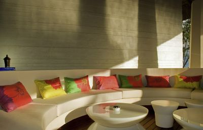 Sofitel_So_Mauritius-Bel_Ombre-Hotel_bar-20-473326.jpg