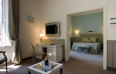 Oriente_Hotel-Bari-Suite-504693.jpg