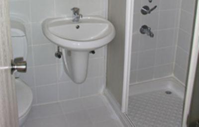 Familia_Otel-Orhangazi-Bathroom-518329.jpg