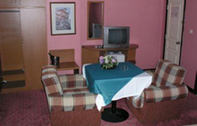 Familia_Otel-Orhangazi-Double_room_standard-2-518329.jpg