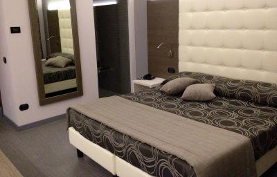 Pokój dwuosobowy (komfort) Europa Hotel & Motel
