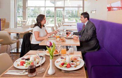 ibis_Bursa-Bursa-Hotel_bar-1-520712.jpg