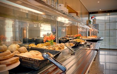 Crowne_Plaza_MADRID_AIRPORT-Madrid-Restaurant-19-521738.jpg