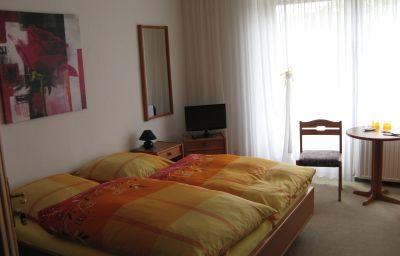 Isabel-Bad_Wildungen-Doppelzimmer_Standard-4-522755.jpg