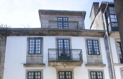 Carris_Casa_de_la_Troya-Santiago_de_Compostela-Exterior_view-4-524426.jpg