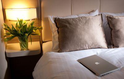 Titanic_Comfort_Mitte-Berlin-Double_room_standard-1-524549.jpg