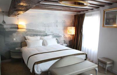 Konfidentiel-Paris-Room-3-528400.jpg