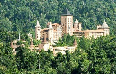 Widok zewnętrzny Chateau Spa and organic wellness resort