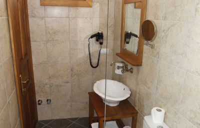 Nazhan_Boutique_Hotel-Selcuk-Bathroom-1-534187.jpg