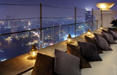 Hotel bar Tower Club at lebua