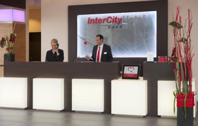 InterCityHotel_Bonn-Bonn-Reception-534696.jpg