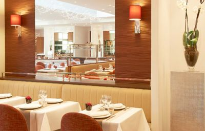 Restauracja Relais Spa Paris Roissy CDG Roissy-en-France (Île-de-France)