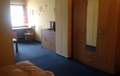 Zellerwirt-Ruhpolding-Four-bed_room-3-536632.jpg