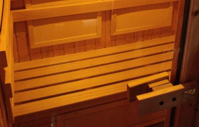 Het_Vezer_Apartmanhotel-Komarom-Sauna-1-537111.jpg