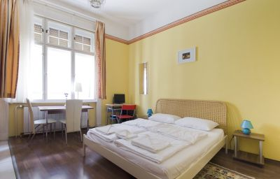 Appartement Club Apartments & Rooms