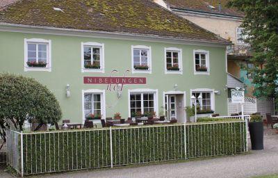 Widok zewnętrzny Nibelungenhof