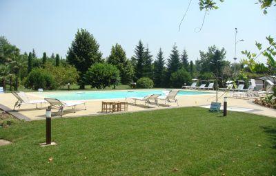 Elefante_Park_Hotel-Verona-Pool-1-537568.jpg