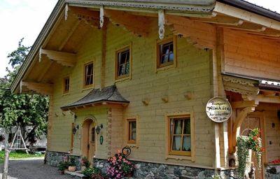 Bauernhof_Komfortappartement_Haslachhof-Bramberg_am_Wildkogel-Exterior_view-2-537787.jpg