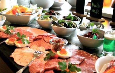 Petit-déjeuner buffet Seehotel am Südhorn