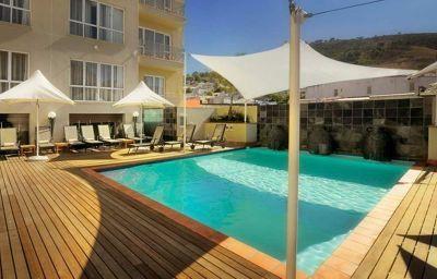 Piscina Hilton Cape Town City Centre
