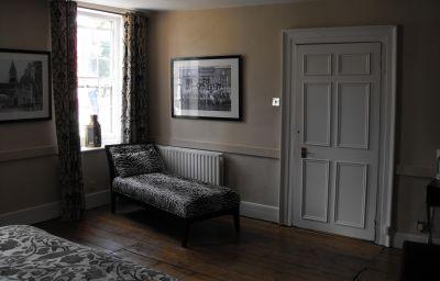 Chequers_Inn-Uckfield-Double_room_standard-5-539483.jpg