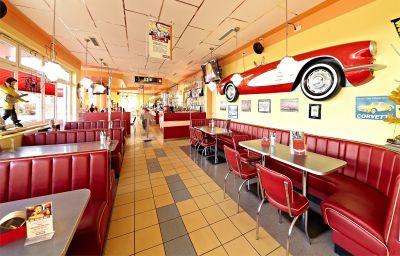 Restaurant Road House
